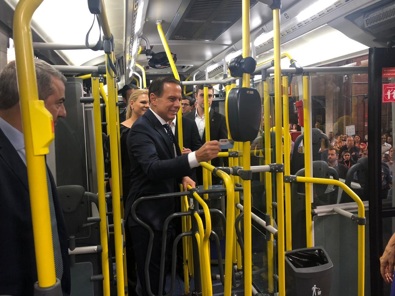 ônibus articulados