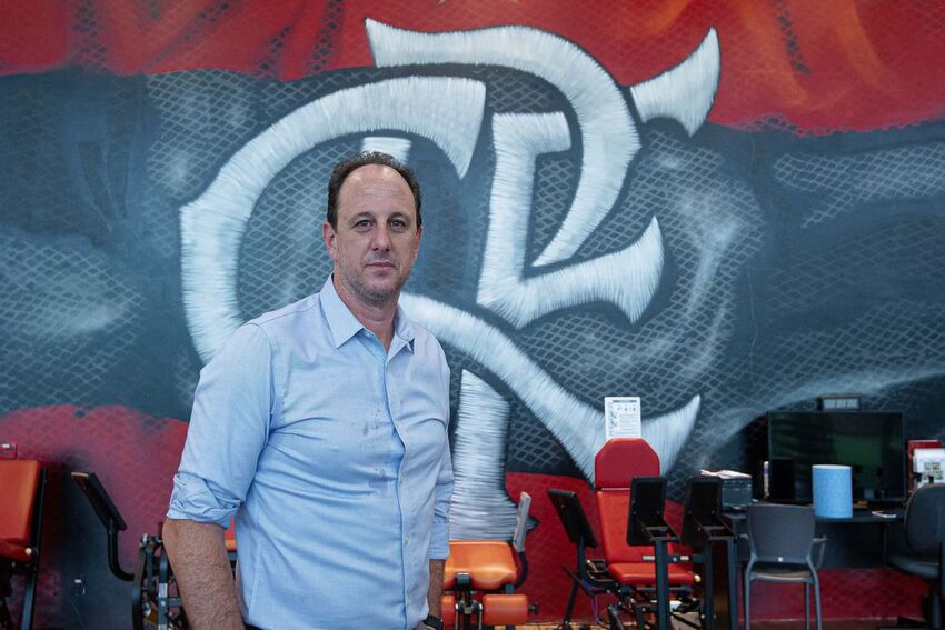 O técnico Rogério Ceni visita as instalações do Ninho do Urubu, Centro de Treinamento do Flamengo